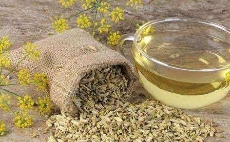 Venkelzaden en thee