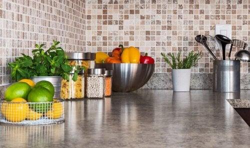 Zes manieren om je keuken beter te ordenen