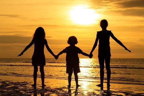 Gelukkige broers en zussen