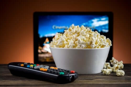 Popcorn en afstandsbediening