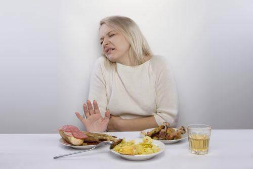 vrouw wil niet eten