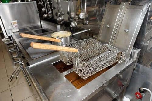 Hoe je friteuse gemakkelijk schoon te maken is