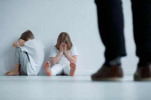 Negen tekenen van mishandeling bij kinderen