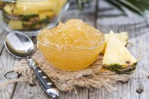 Zelfgemaakte ananasjam