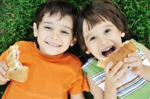 Zeven voedingsfouten die ouders maken