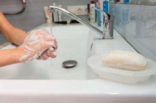 Haal het maximale uit overgebleven handzeep
