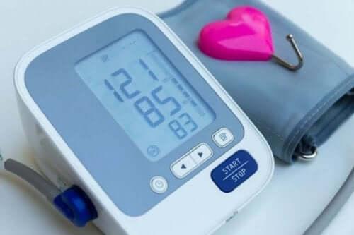 Het maken van wandelingen verlaagt de bloeddruk