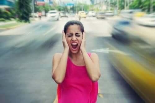Vijf gevolgen voor je gezondheid van harde geluiden