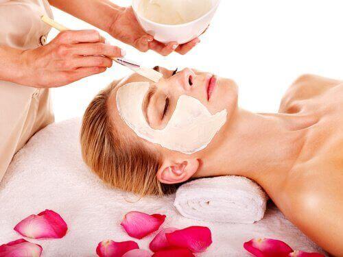 De beste maskers voor het hydrateren van de huid