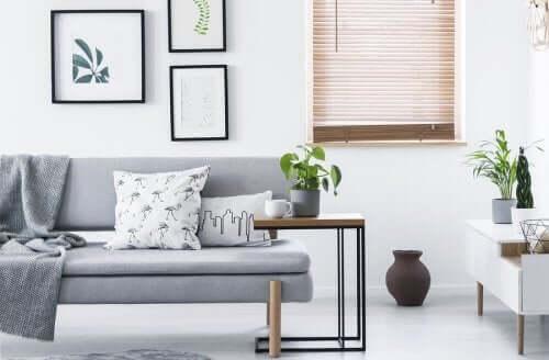 Hoe je je huis met minimalisme kunt vereenvoudigen