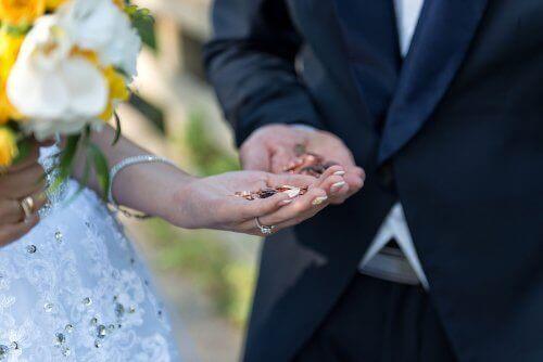 Wat zijn huwelijksmunten