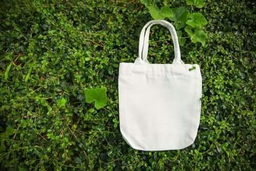 Maak zelf modieuze herbruikbare boodschappentassen