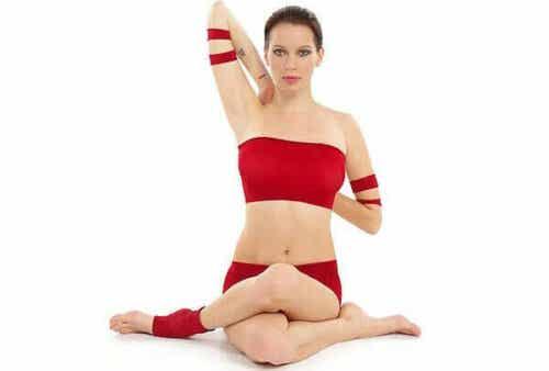 Drie yogahoudingen tegen spanning in de nek