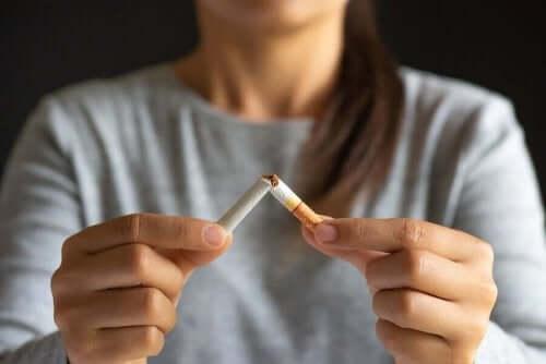 Stoppen met roken met nicotinekauwgom