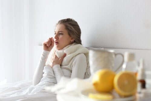 Thuis een verkoudheid overwinnen zonder medicijnen