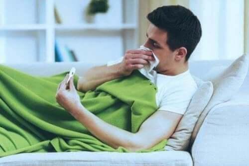 De verschillen tussen verkoudheid en griep