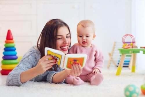 Oefeningen om de spraak van kinderen te bevorderen