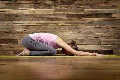 Yogahoudingen voor geluk