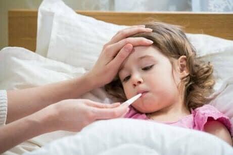 Oorzaken van een droge hoest bij kinderen