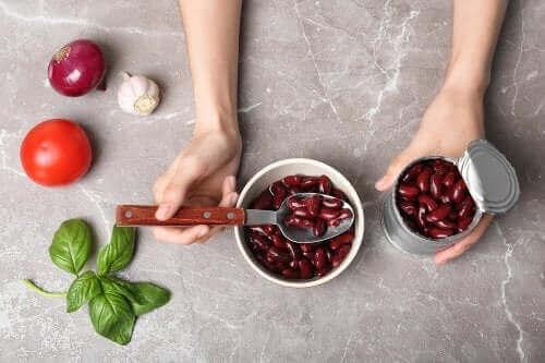 Vier maaltijden die je kunt maken met bonen uit blik