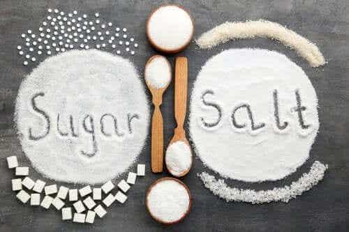 Overmatige inname van zout of suiker: wat is slechter voor je gezondheid?