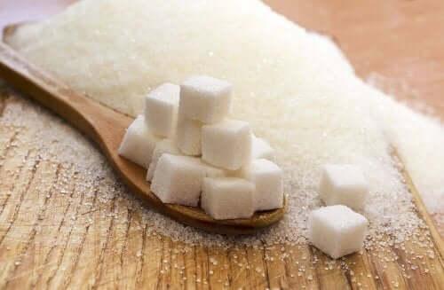 Suikerklontjes en kristalsuiker