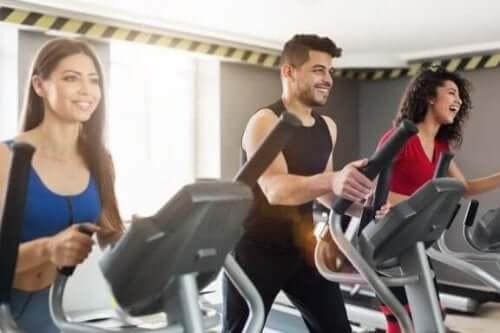 5 oefeningen die je gewrichten niet beschadigen