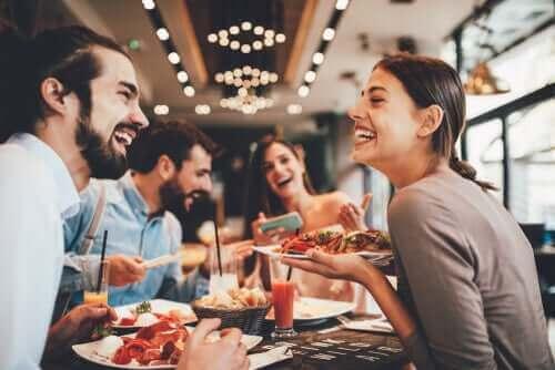 Uit eten in een restaurant
