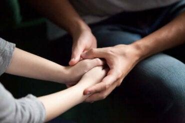 Hoe je partner te laten zien dat je om hem geeft