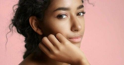 Vijf tips om er goed uit te zien zonder make-up
