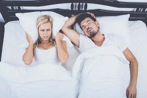 Vier tips om snurken te verminderen