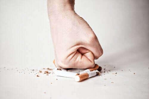 Aanpak per fase om te stoppen met roken
