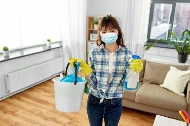 Coronavirus: aanbevelingen voor het schoonmaken en desinfecteren van je huis
