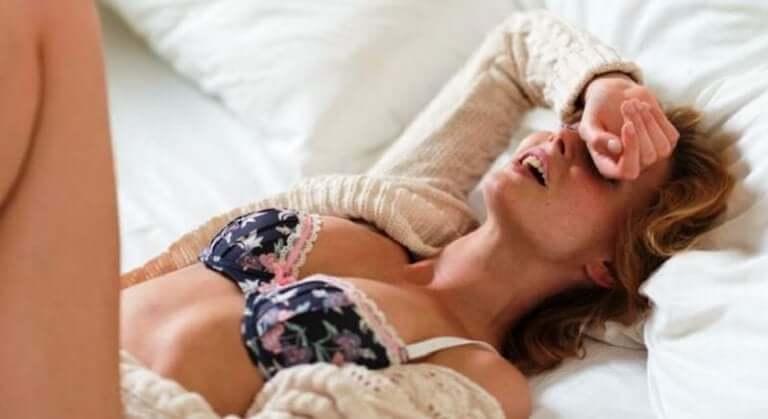 Vrouw met een orgasme