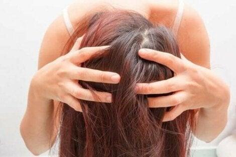3 remedies op basis van rozemarijn voor gezond haar