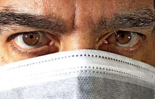 Is conjunctivitis een nieuw symptoom van het coronavirus?