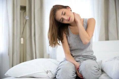 Vrouw met nekpijn