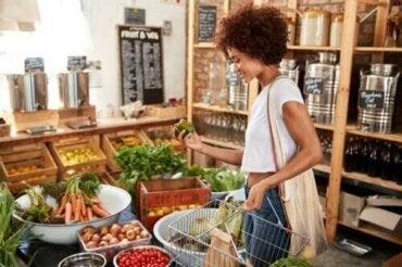 De kleur van voedsel en de voedingswaarde