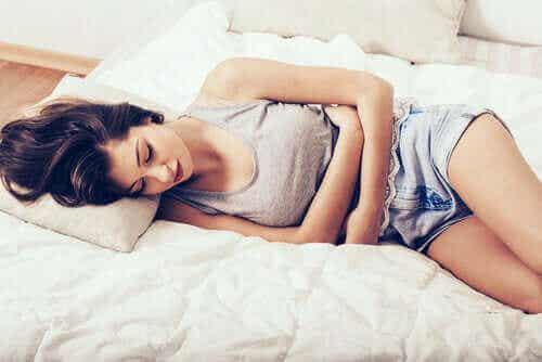 Tien manieren om een pijnlijke menstruatie te verlichten