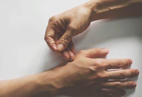 Neuropatische pijn behandelen met acupunctuur