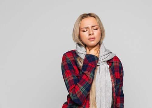 Vier natuurlijke remedies voor laryngitis