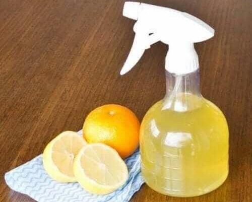 Een citrusreiniger
