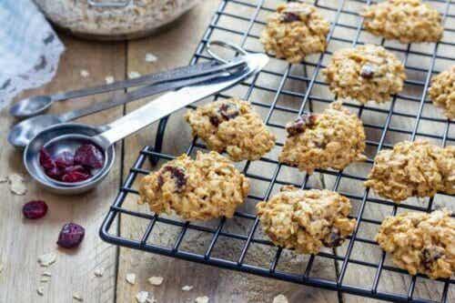 Gezonde koekjes met havermout en rozijnen