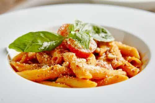 Heerlijke en gemakkelijke pasta met tonijn