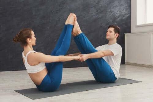 Yoga doen als koppel