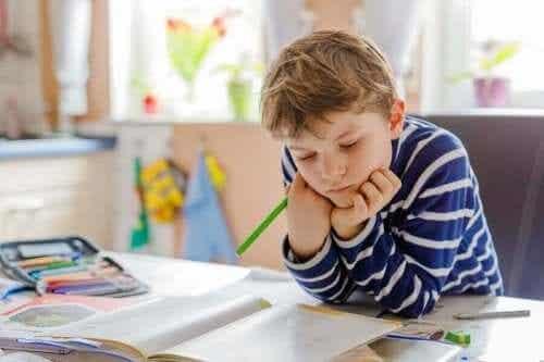 Knutselwerkjes voor de studieruimte van je kinderen