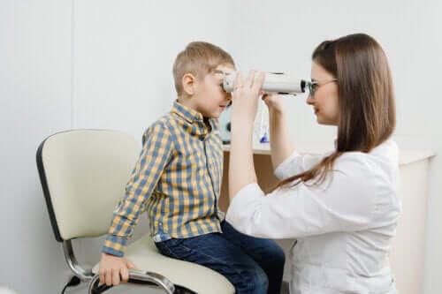 Retinoblastoom: symptomen, oorzaken en behandeling