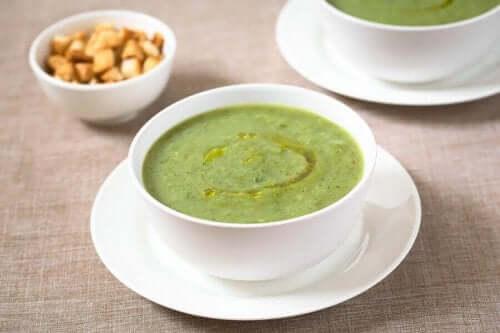 Soep van courgette en knoflook voor je immuunsysteem