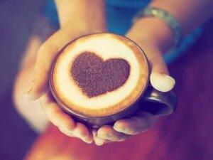 De relatie tussen koffie en hartaanvallen