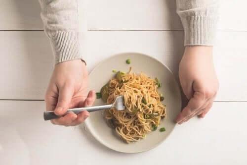 voordelen van het eten van volkorenpasta